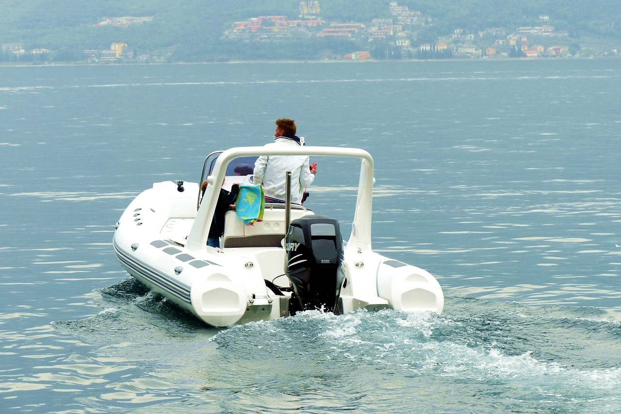 schlauchboot rib online verkaufen yachtworld